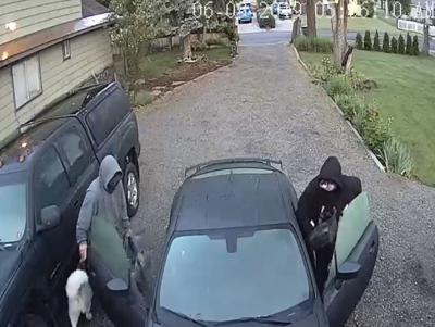 Caught on Camera:Thieves ransack home and take car in North Spokane