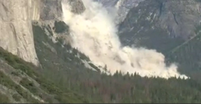 The Latest: Rock fall strikes Yosemite for a second day