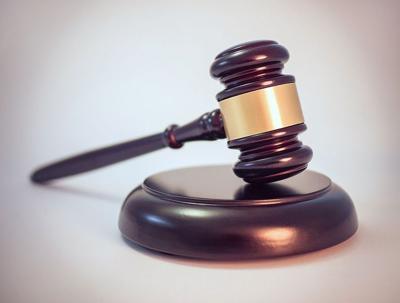Legal gavel - WikiMedia
