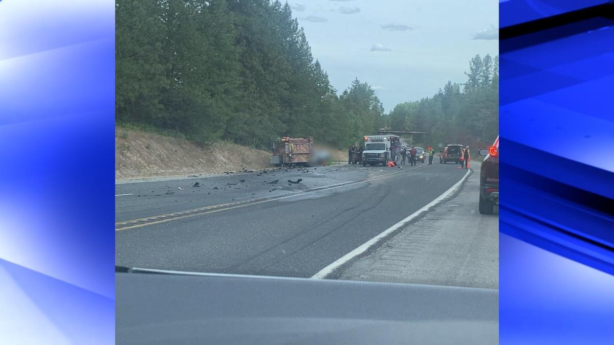 UPDATE: 3 die in crash between fire truck and car on US-395