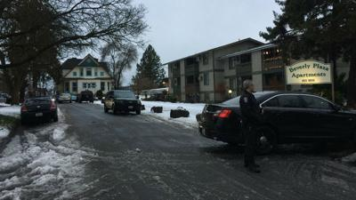 Spokane police investigating homicide near 10th and Cannon; suspect still on the run
