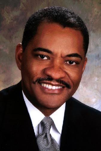 WSU president takes $100,000 pay cut