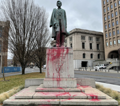 Abraham Lincoln statue in downtown Spokane vandalized on Thanksgiving