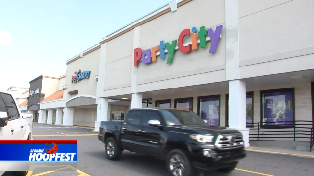 Party City closing 45 stores due to global helium shortage