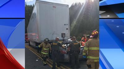 US-95 semi trailer unhitched crash