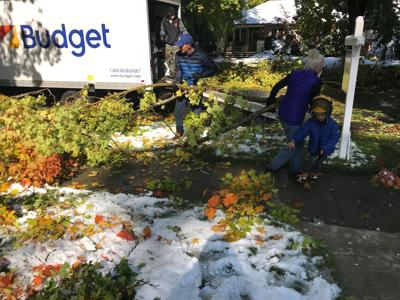Winter storm damage cleanup shows a giving side of Spokane