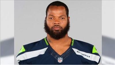 Former Seahawks player Michael Bennett indicted on felony charge for injuring elderly paraplegic