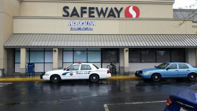 Bank robbery suspect gets away near Gonzaga