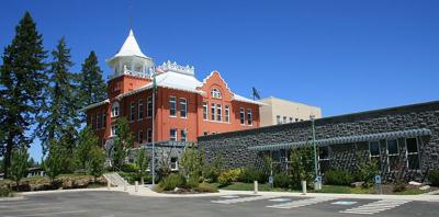 PHOTO: Douglas County Court House in Waterville