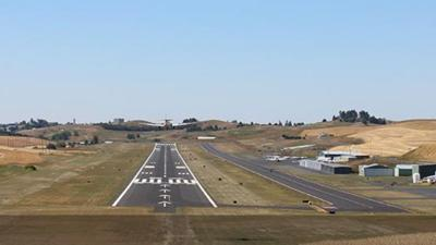 Electrical short forces plane to land on taxiway at Pullman-Moscow Regional Airport