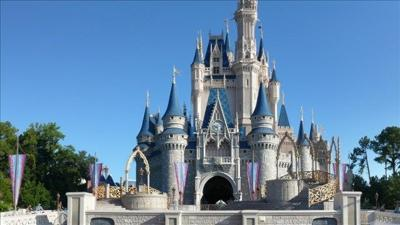 1 worker killed, 1 hurt in separate Disney World accidents