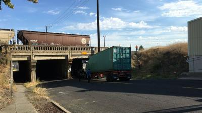 Stopping semis from getting stuck in Spokane: City & BNSF respond