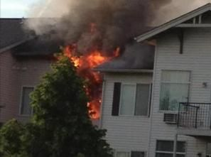 SLIDESHOW & UNCUT VIDEO: Man JUMPS From Liberty Lake Apartment Fire