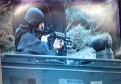 FIRST ON KHQ: SPD Along With SWAT Serve Search Warrant In N. Spokane