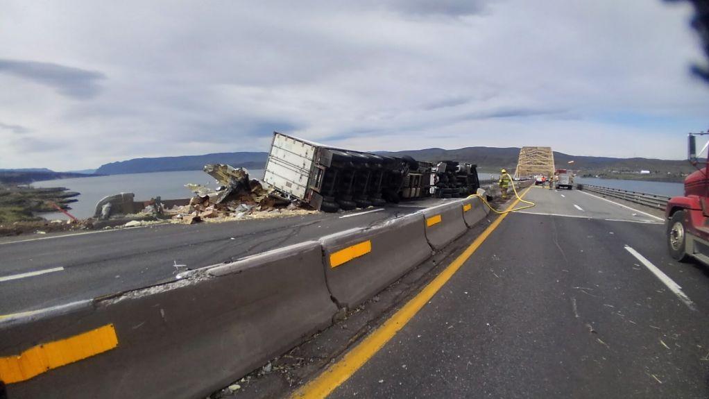 Semi crash near Vantage 4/10/2019