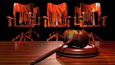 Panel considers paying jurors more money for long trials