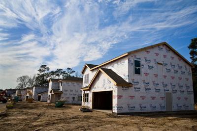 PHOTO: House construction generic