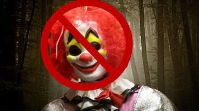 Deputies: Florida boy beats back creepy clown with selfie stick