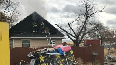 Fire crews respond to house fire near Altamont and Springfield