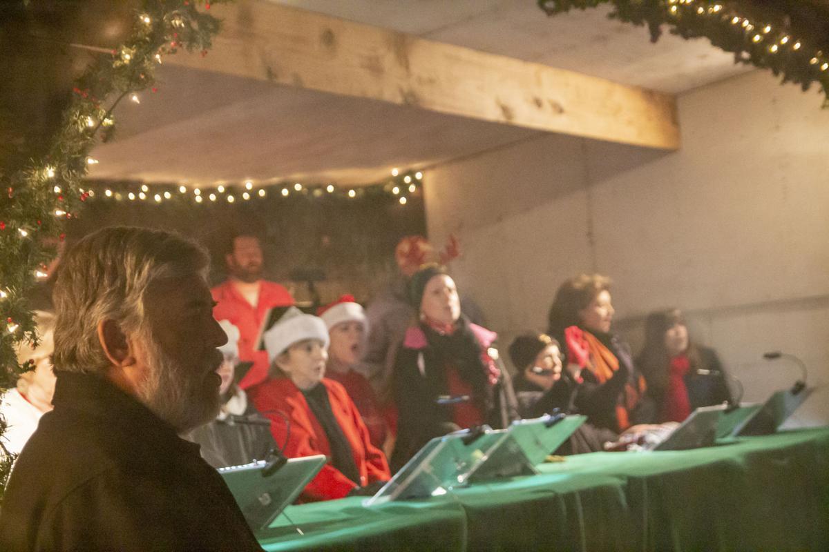 Drive-Thru Nativity 1.jpg