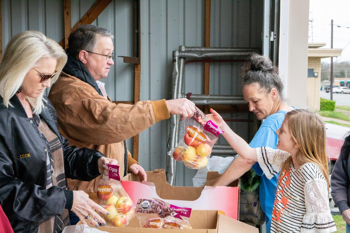Food pantry delivers healthy options