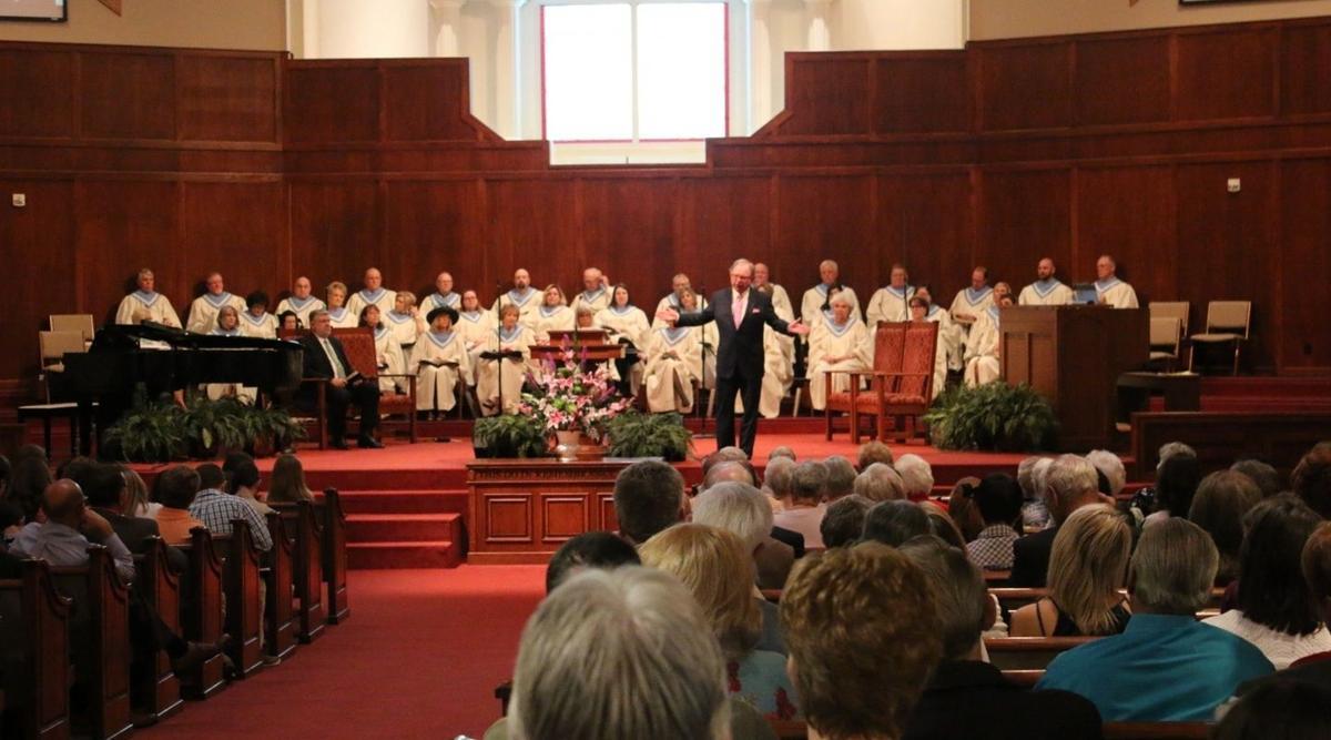 Pastor Duggins 1.jpg