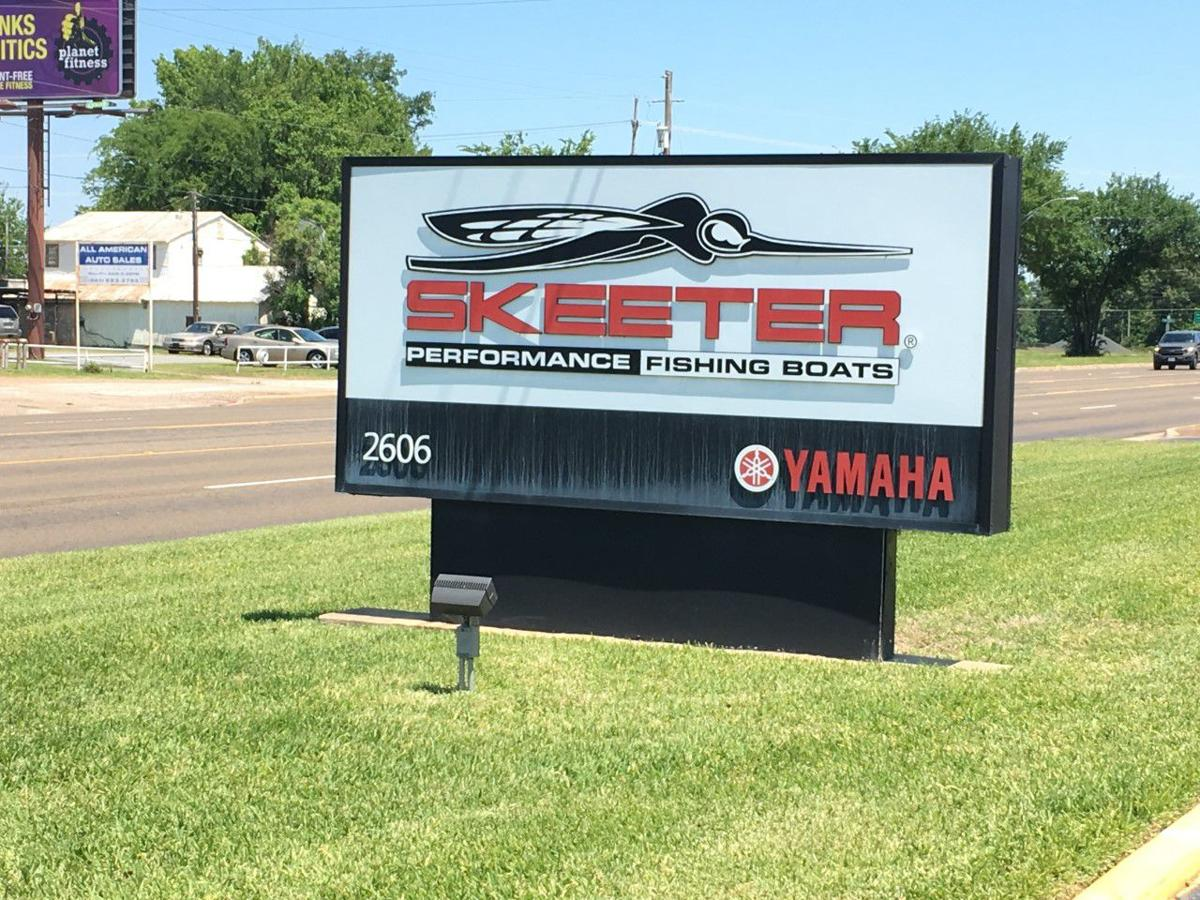 Skeeter sign