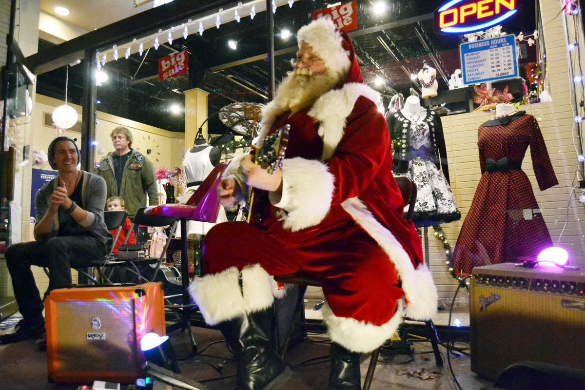 Mingle & Jingle kicks-off shopping rush