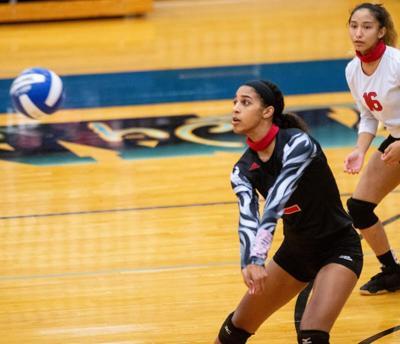 Miah Thomas-Volleyball