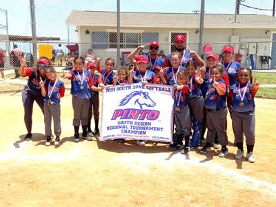 Kingsville 8u softball team