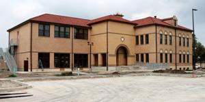 New Kingsville City Hall Taking Shape The Kingsville Record And