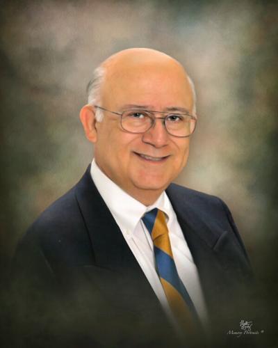 Dr. Alberto Manuel Olivares