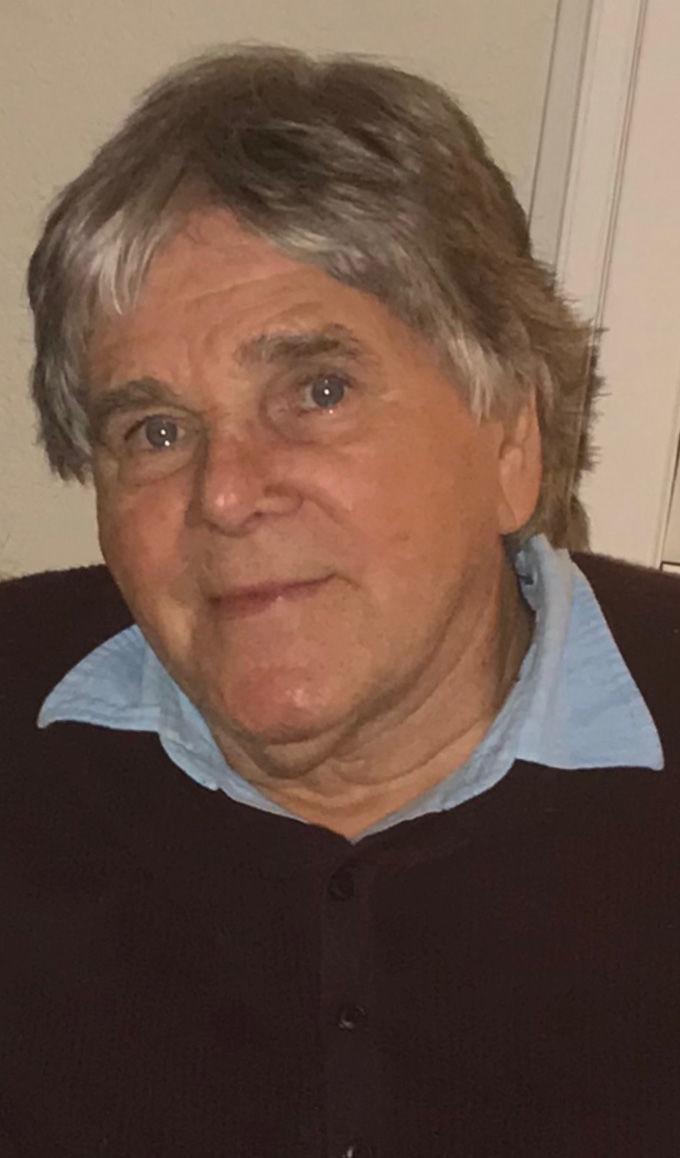 Wayne Stephenson obituary photo.jpg