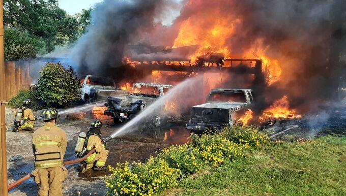 061721 404 Neal St House Fire 02 (680).jpg