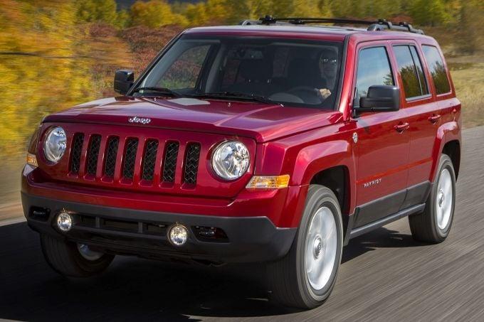 2015_jeep_patriot-pic-369286944463201094-1600x1200 (2).jpg