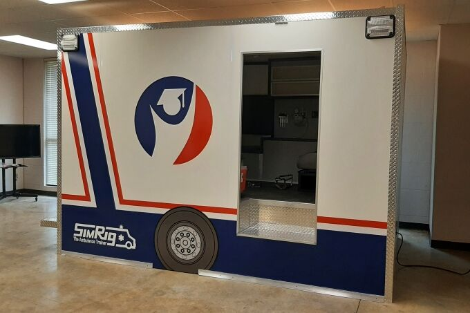 091421 Ambulance SimRig 01 (680).jpg