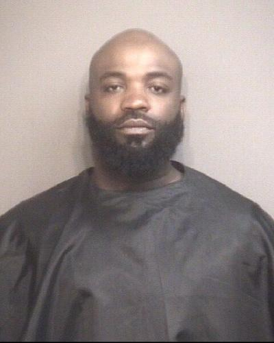 Columbia man arrested for robbery in Waffle House parking lot