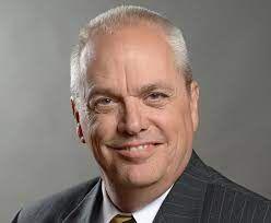 Columbia's city manager announces retirement