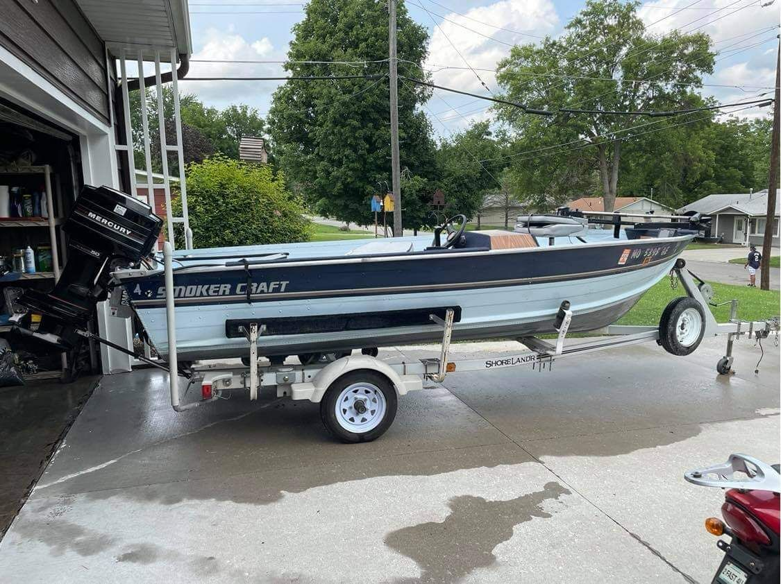 Boat and trailer image 1