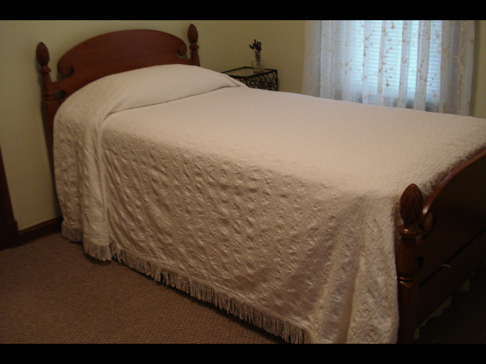 Nice Full Size Cotton Bedspread image 1