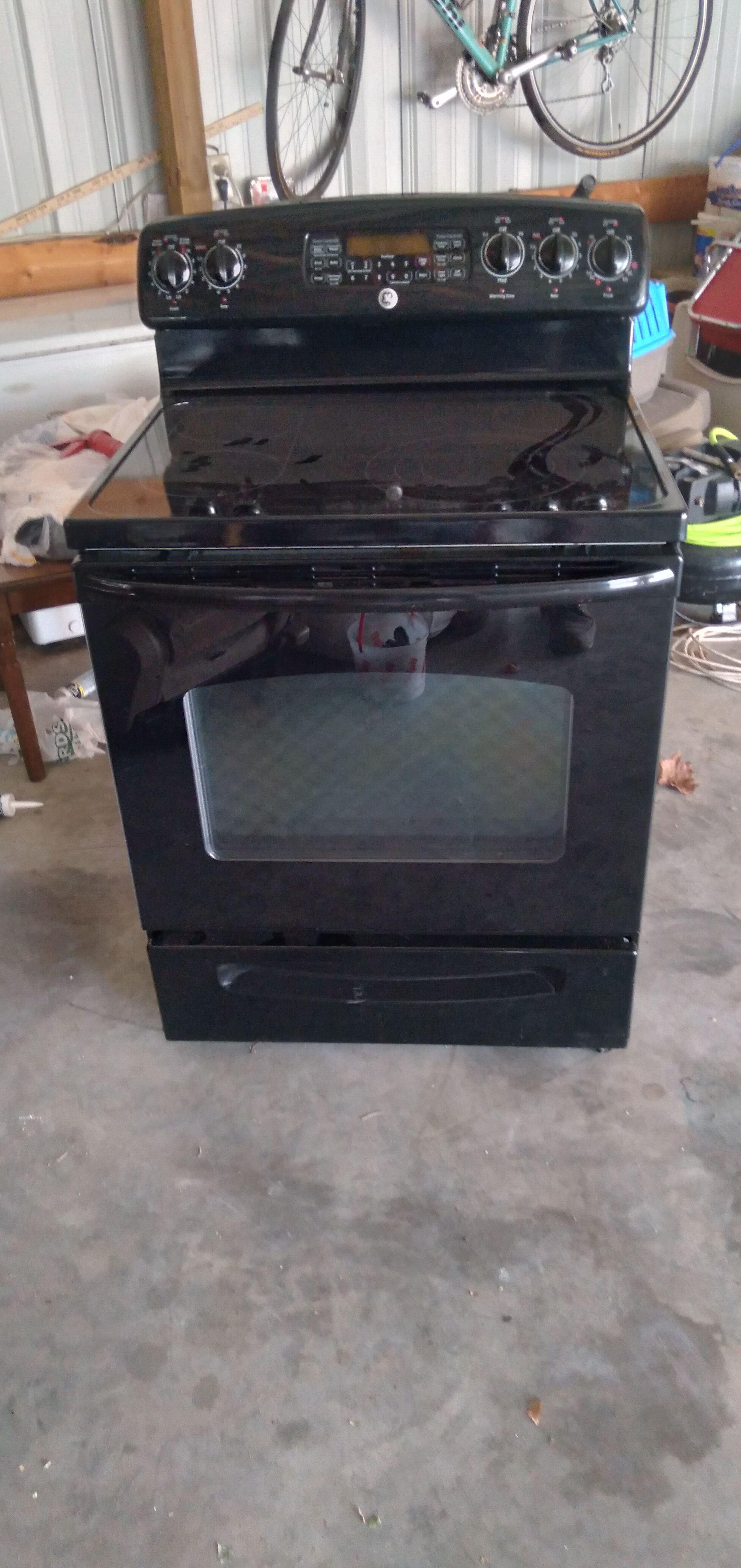 G. E. Glass Top Range Oven image 1