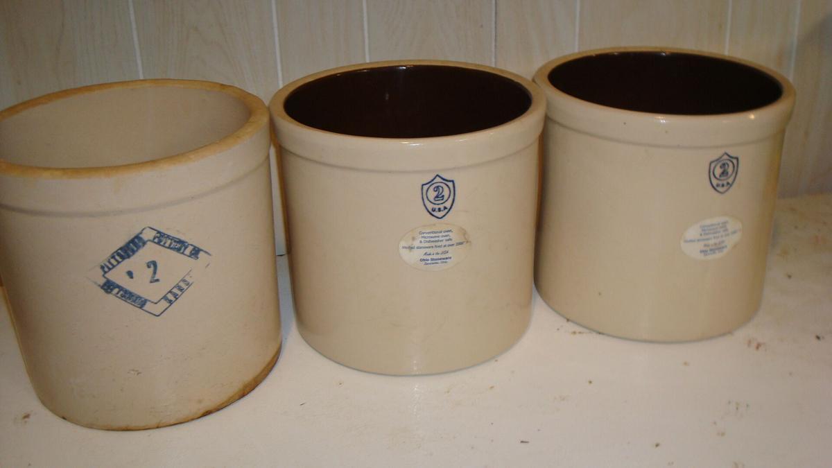 #2 Crock Pots image 1