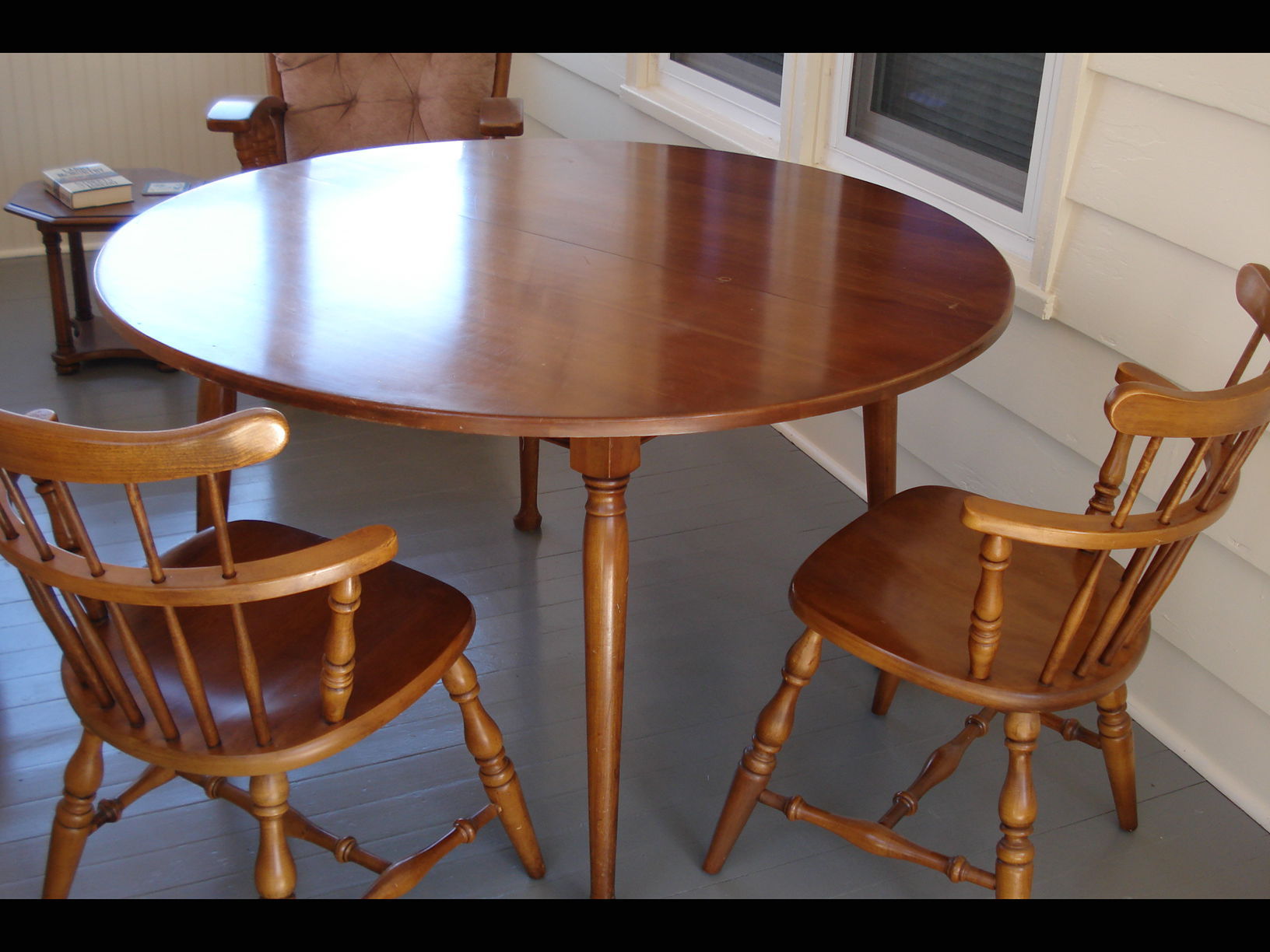 Round Solid Maple Table and Two Leaves | Home Furnishings | kmaland.com