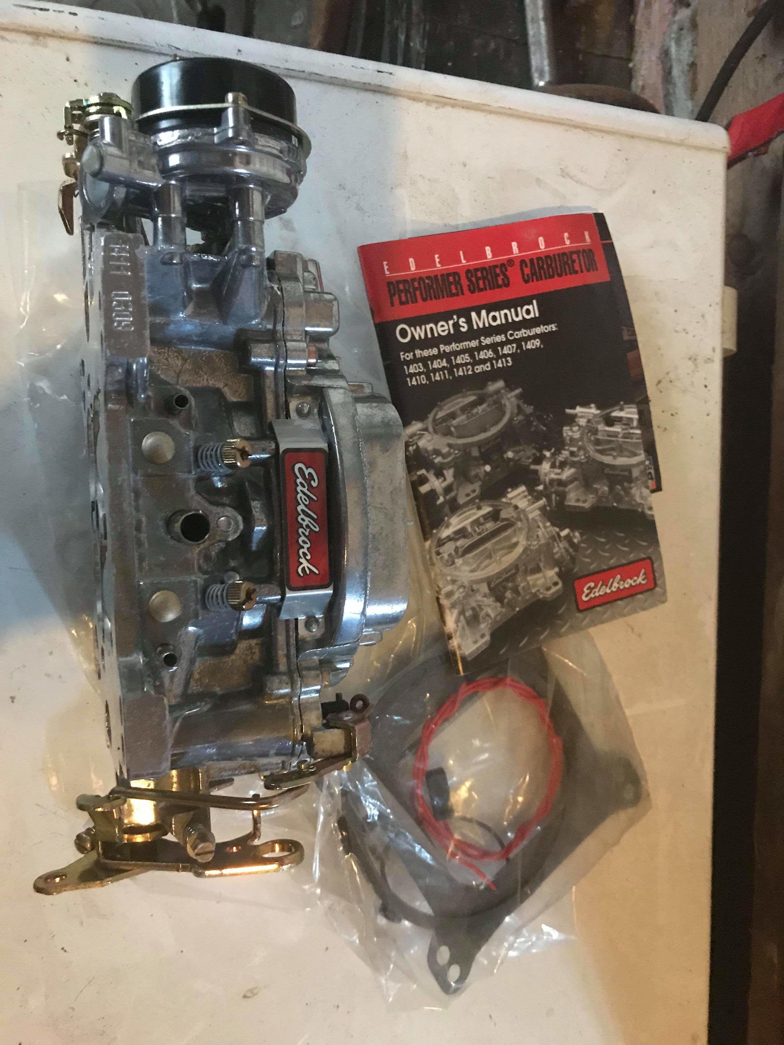 Edlebrock carburetor and manifold image 1