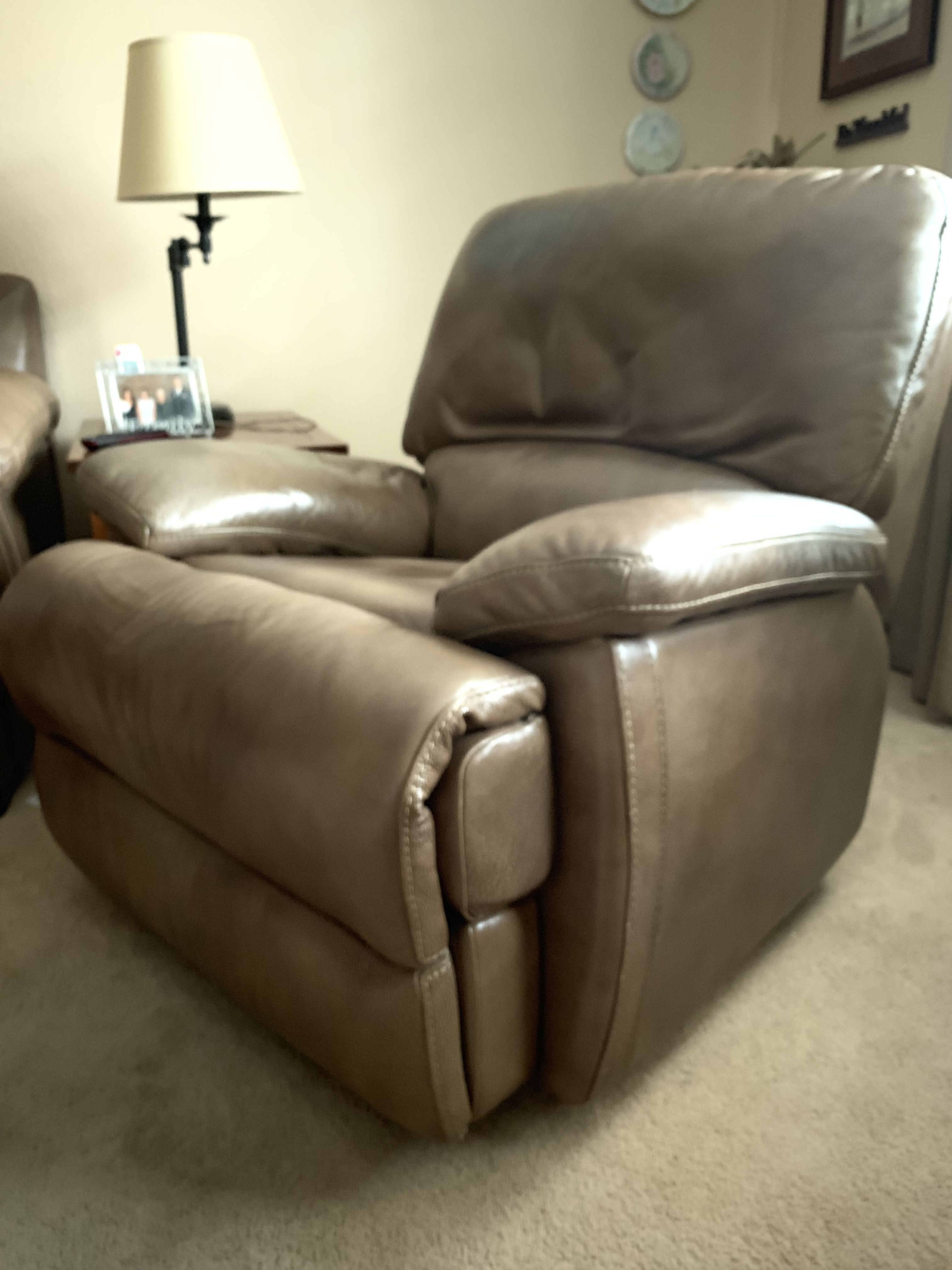 Leather recliners image 1