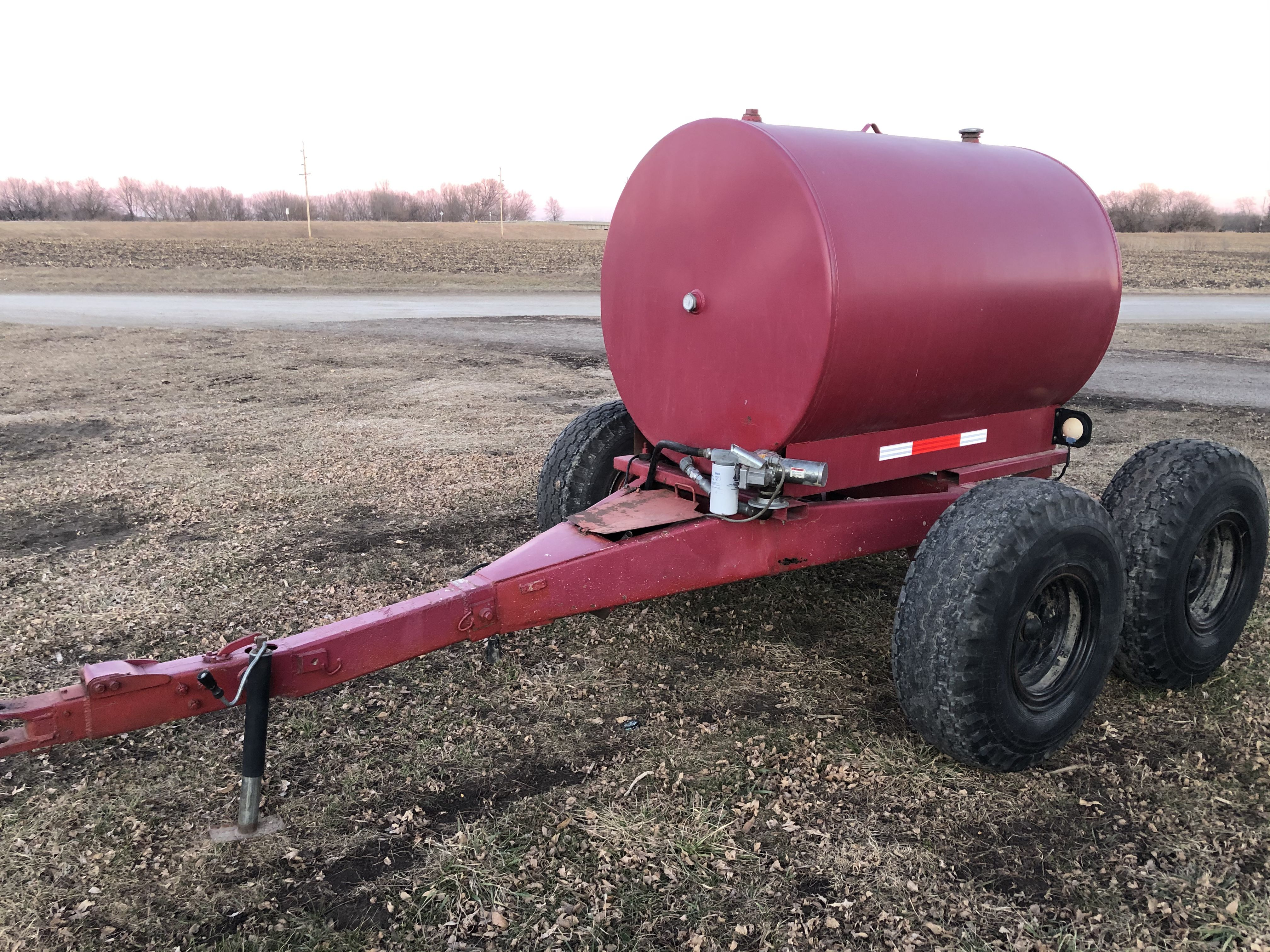 500 gallon fuel trailer and 12v pump image 1
