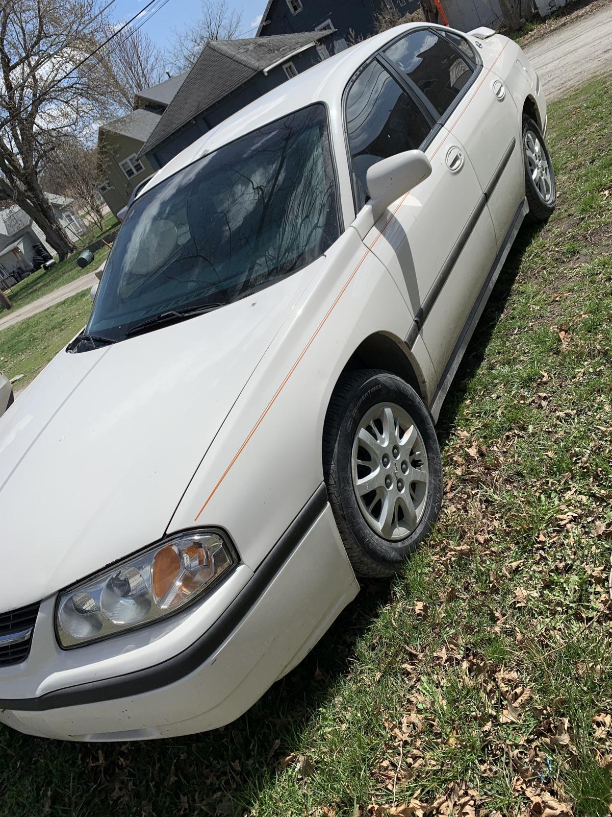 2004 Chevy Impala image 1