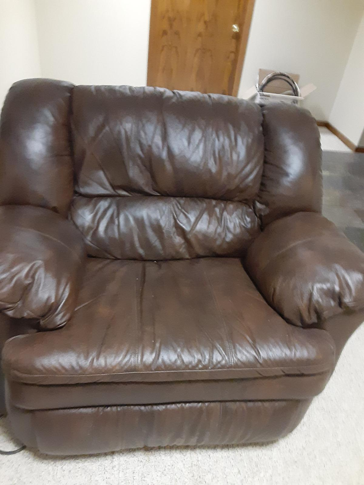 Leather recliner 4 sale image 1
