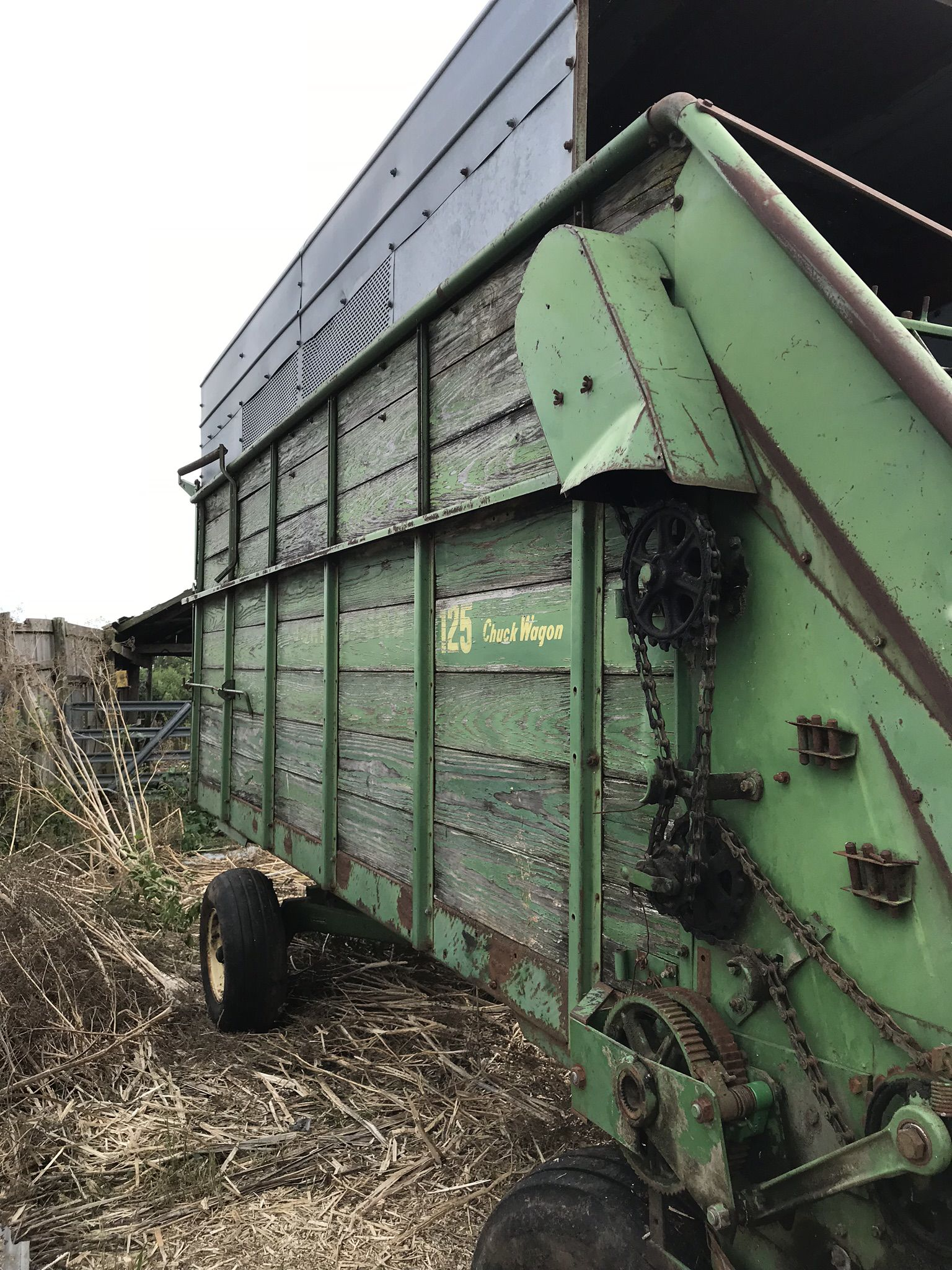 Silage wagon and running gears image 1