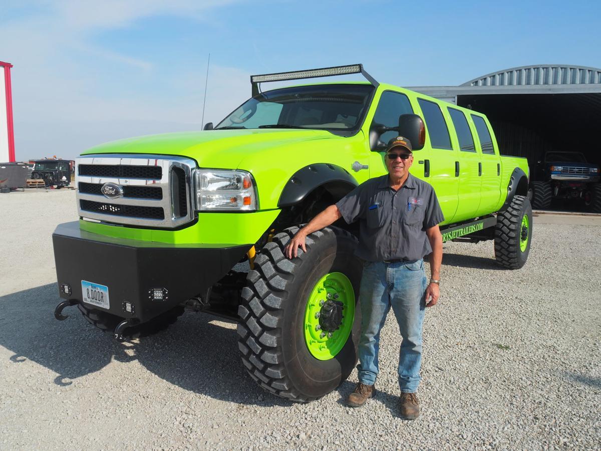 8 Door Truck >> Larry Cooper S Amazing 8 Door Ford Truck Gallery Kmaland Com